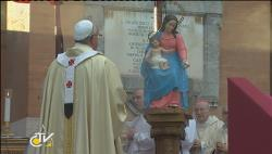 """""""A esperança não decepciona nunca porque Jesus não decepciona nunca"""" - Papa Francisco durante a Missa no Cemitério de Verano"""