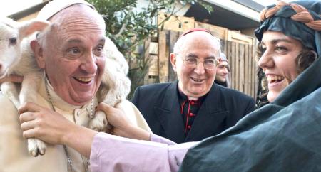 Papa visita presépio vivo em periferia de Roma