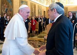 Papa recebe judeus e pede orações por visita a Jerusalém