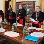Conselho de Cardeais discute futuro do banco do Vaticano