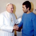 Pistola que alvejou João Paulo II é enviada à Polônia