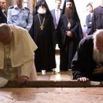 Encontro e abraço entre o Papa Francisco e o Patriarca Bartolomeu