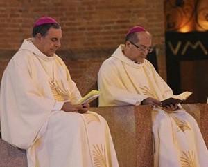 """""""Não resistir à ação do Espírito Santo"""", exorta dom Sérgio Castriani em missa"""
