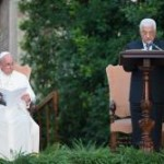Papa preferiu não celebrar nesta terça-feira devido à leve indisposição de ontem