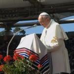 """Papa à Renovação Carismática: """"Deixem-se guiar pelo Espírito Santo"""""""