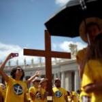 """Ao Angelus, Papa fala da fé """"fiável"""" de Pedro, convida os fiéis a rever a genuidade da própria fé e recorda Ucrânia, pedindo orações"""
