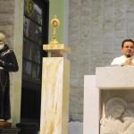 Santuário de Fátima expõe relíquia de São Pio de Pietrelcina