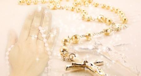 Fortalecidos na oração do rosário, seguimos em missão no anúncio do Evangelho