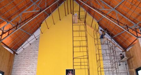 Inicio da colocação do Forro do Presbitério do Santuário de Fátima