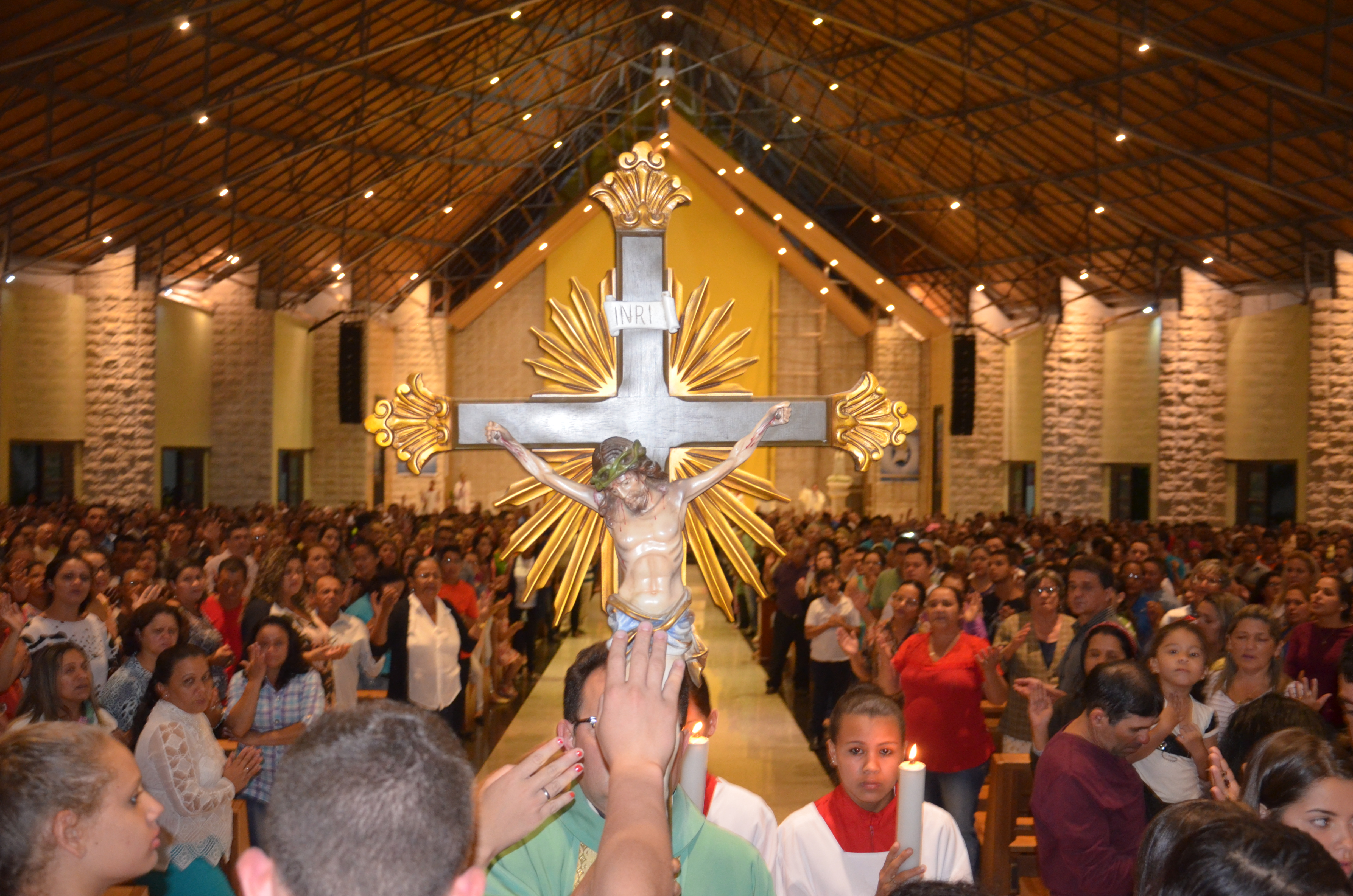Segunda feira Santa no Santuário de Fátima.