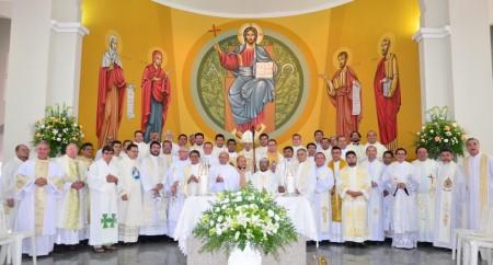 Missa dos Santos Óleos na Catedral em Tianguá