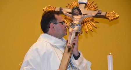 """""""Maria nos acolhe em seus braços"""". -  Santa Missa da Saúde"""