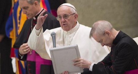 Papa faz apelo contra corrupção e em favor dos direitos humanos