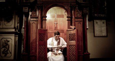 "Exorcista ou psicólogo? Papa Francisco fala das ""doenças espirituais"""