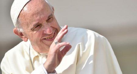 Papa: corrupção, câncer que mata o homem e a sociedade