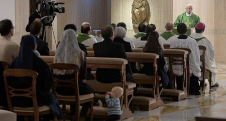 O reino de Deus cresce dentro de nós, não é carnaval, diz Papa