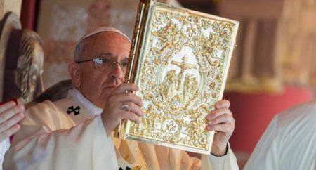Na sexta-feira (2/2), Papa presidirá missa para a vida consagrada