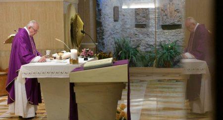 Papa pede coerência em nosso jejum