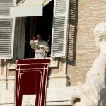 Papa: o cristão dá a vida pelo outro e não pensa em seu próprio interesse