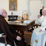 Papa pretende confirmar Estatutos da Comissão para a Tutela dos Menores