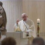 """Papa: o testemunho cristão incomoda e não conhece """"meio termo"""""""