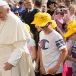 Papa aos jovens: não destruam sua vida no efêmero, escolham Deus