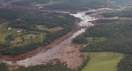 """CNBB é solidária com as vítimas em Brumadinho (MG) e afirma que o """"Desastre de Mariana"""" ensinou muito pouco"""