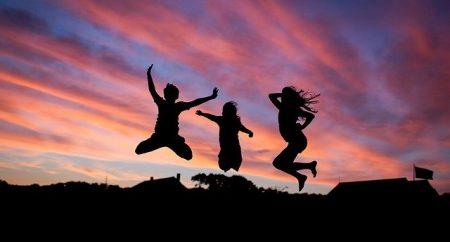 Como a felicidade está ligada à caridade
