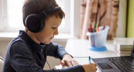 Cansado(a) das aulas on-line? Foque nestas 3 coisas